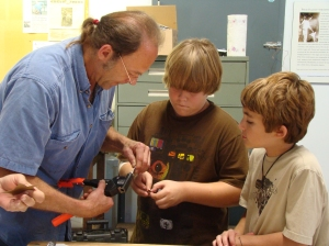 William Rogers teaching at 2008 Art in the Park