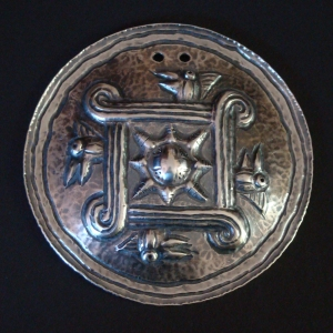 Silver repousse´
